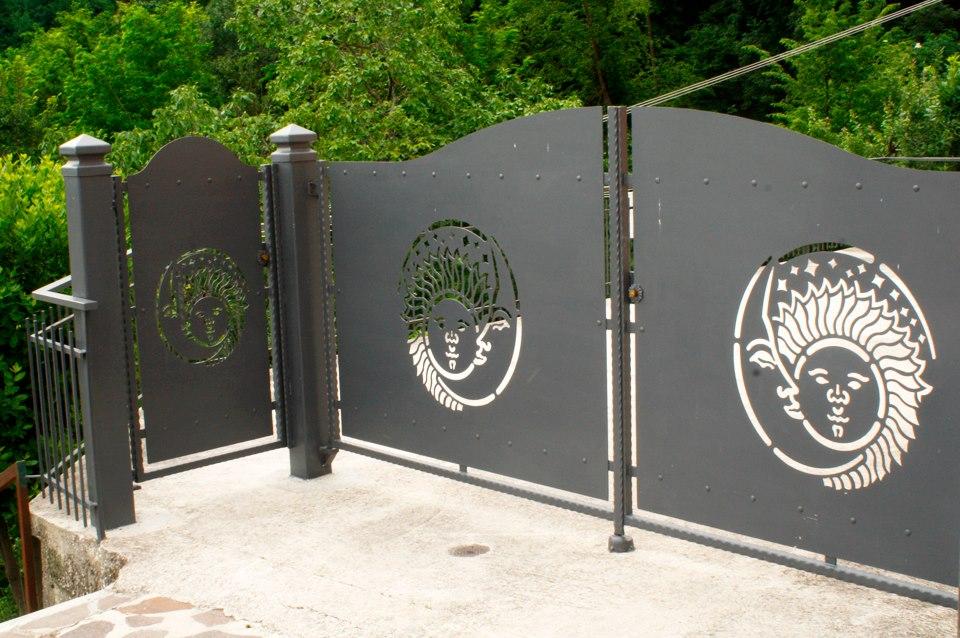 Cancello Ferro Decorato Fabbro Ioni Lavorazioni In Ferro